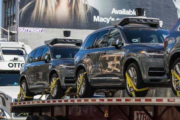 Фото 1 Uber свернул кампанию с беспилотными авто в Калифорнии и увез их в Аризону