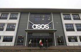 Стоимость крупного интернет-ритейлера Asos рухнула почти на £1,5 млрд на фоне спада продаж