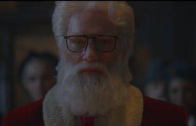 Видео: Санта-Клаус предстал в новом образе в рекламе Audi — он похудел и подстриг бороду