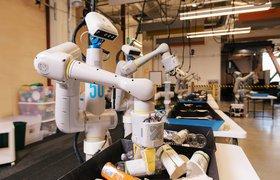 Материнская компания Google показала роботов-сортировщиков мусора