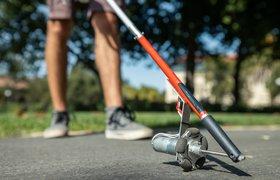 Стэнфордские ученые разработали трость, которая сама прокладывает путь