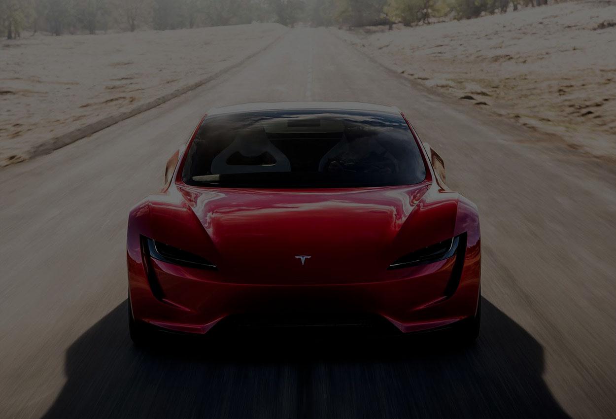 Маск: Tesla Roadster добавят 10 ракетных двигателей – и это может помочь электрокару взлететь