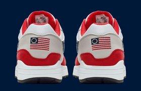 Nike второй раз за неделю снял с продажи кроссовки из-за политики