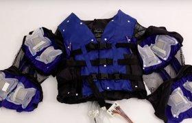 Disney представил куртку для виртуальных обнимашек