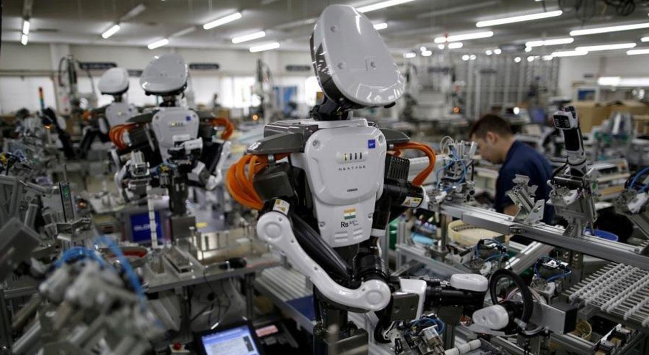 McKinsey предсказал увольнение каждого шестого россиянина из-за роботов