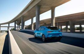 Ford представил свой первый серийный электрический кроссовер под брендом Mustang