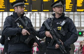 Британским министрам запретили носить Apple Watch из-за «русских хакеров» – СМИ