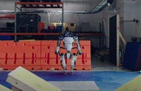Почему разработать двуногих роботов трудно: на примере Atlas от Boston Dynamics