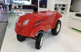 «Дочка» «Роскосмоса» показала прототип беспилотного трактора