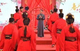 Фото: глава Alibaba Джек Ма проводит свадебные церемонии для своих сотрудников