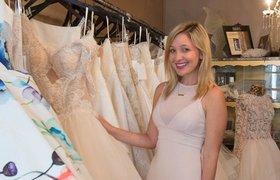 Как стать профессиональной подружкой невесты, которая зарабатывает не меньше $2 тысяч за свадьбу