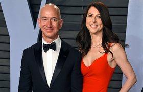 Глава Amazon Джефф Безос официально развелся с женой и оставил ей акций на $38 млрд