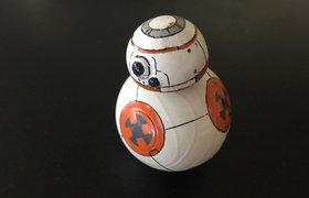Дизайнер собрал дроида из новых «Звездных войн»