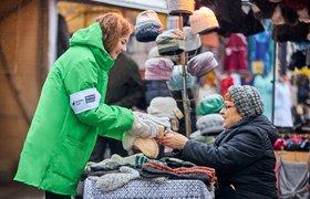 Delivery Club купит вязаные вещи у бабушек и передаст их курьерам