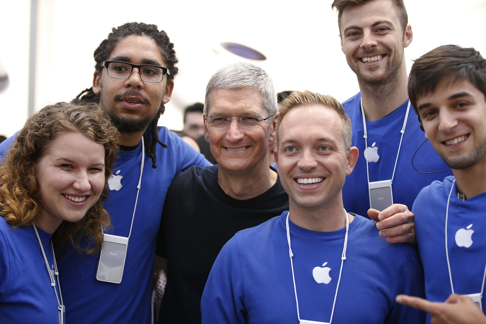 employee retention policies in apple inc Even apple worries about employee retention november 13, 2012 september 7, 2016 jeff mike hr customer experience , human resources i have an iphone, an ipad, appletv, and recently (because intuitively i knew integration was key) bought a macbook.