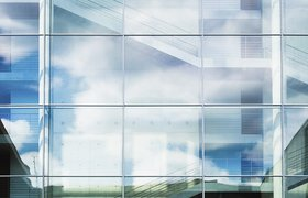 Топ-5 венчурных сделок октября: $655 миллионов от Softbank, ставка на грамотность и большие данные