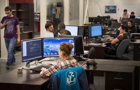 Россияне назвали главные способы мотивации на работе