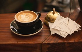 Россияне стали чаще оставлять безналичные чаевые — исследование