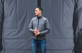 Эта куртка автоматически утепляется, когда становится холодно