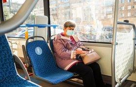 За продуктами и в метро по QR-коду: власти Москвы допустили новые ограничения