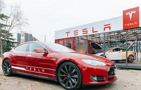Стоимость акций завышена почти в 5 раз: в Roth Capital назвали угрозу для капитализации Tesla