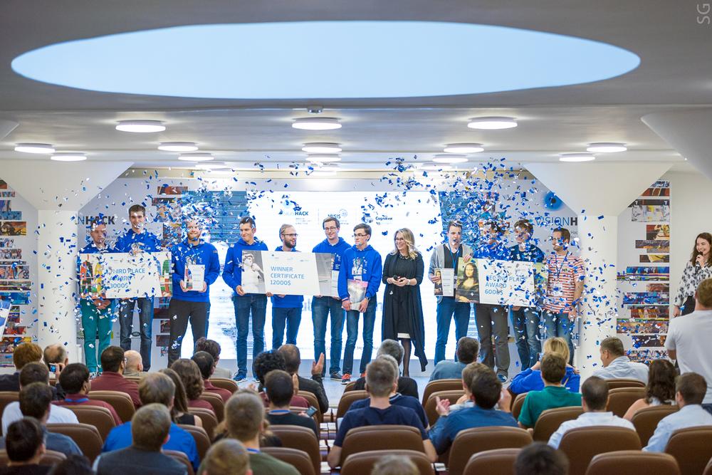 В хакатоне по искусственному интеллекту и компьютерному зрению победили студенты МГУ