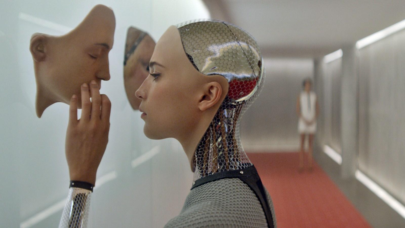 Секс с роботом скоро станет нормой