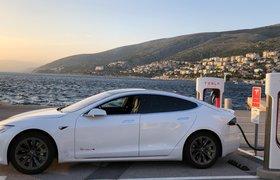 Tesla вопреки прогнозам продала почти четверть миллиона электрокаров за третий квартал