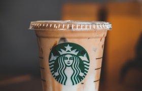 Производители молока попросили Starbucks не называть в меню растительные заменители молоком
