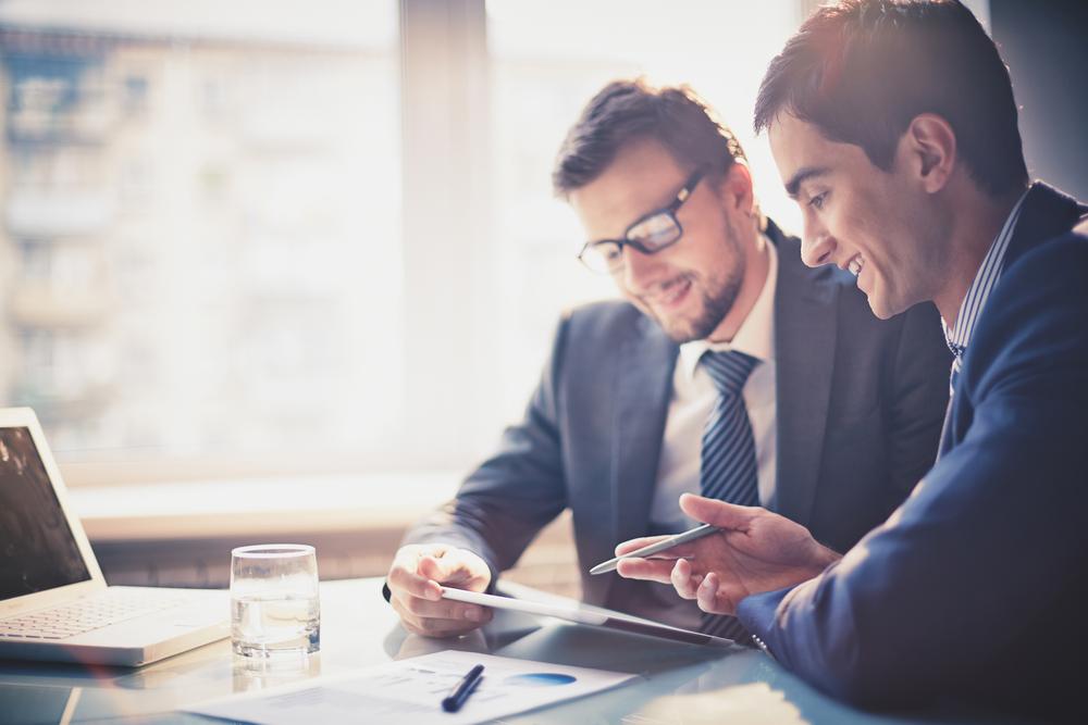 komunikimi ne biznes 1 ligj ixetika në biznes dhekomunikimi 2 në këtë kapitull do të njiheni me:- format e komunikimit brenda organizatës sëbiznesit- pengesatkryesore që hasen gjatëkomunikimit.