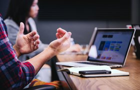 Маркетологи и сейлзы конфликтуют. Как их подружить?