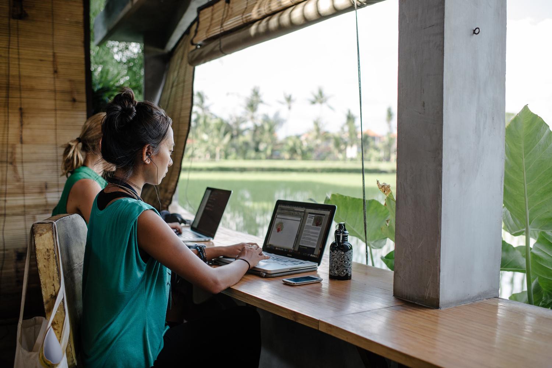 Удаленная работа тайланд english translator freelance