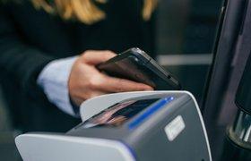 Оплатить проезд в Петербурге можно будет наклейкой на телефон от Билайн
