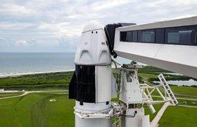 SpaceX впервые запустила на орбиту гражданский экипаж