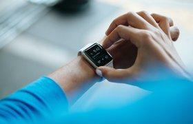 В России в начале года выросли продажи умных часов и фитнес-трекеров