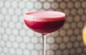 Рецепт подскажет Маруся: Noor Bar и Mail.ru Group создали новогодний коктейль от ИИ