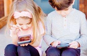 Восьмилетний ребенок может заработать $22 млн за год: почему дети хотят стать блогерами