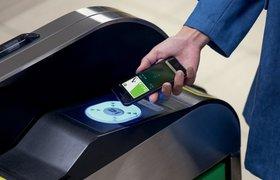 «Альфа-Банк» и «Тинькофф-Банк» подключили карты Visa к Apple Pay