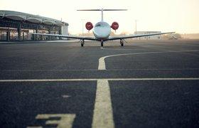 Доставка бортпитания, онлайн-покупки и полеты в никуда: как авиакомпании справляются с падением доходов