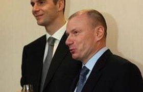 Прохоров устал от развода с Потаниным и вышел в интернет