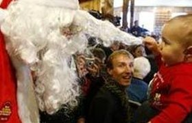 Электроника помогает Санта-Клаусу развозить подарки. Фоторепортаж