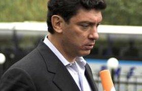 Немцов отказался от борьбы за пост президента