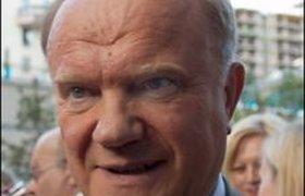 Зюганов шантажирует Кремль снятием кандидатуры