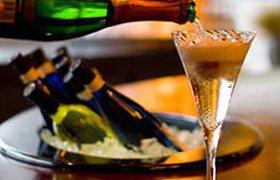 Шампанское будут разливать за пределами старой Шампани