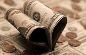 ЦБ зафиксировал в феврале рекордный спрос на наличную валюту