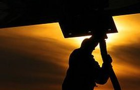 Чиновники сбивают цены на авиакеросин
