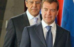 Медведев подправил внешнеполитический план Путина