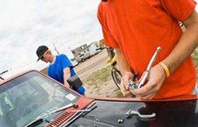 Уралсиб рекомендует ремонтировать автомобиль не у официальных дилеров