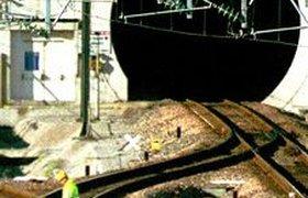 Пожар в Евротуннеле привел к транспортному хаосу. Фоторепортаж