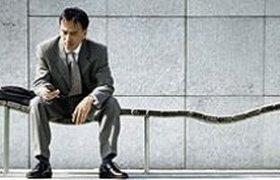 Рекрутеры: Массовые увольнения финансистов откладываются
